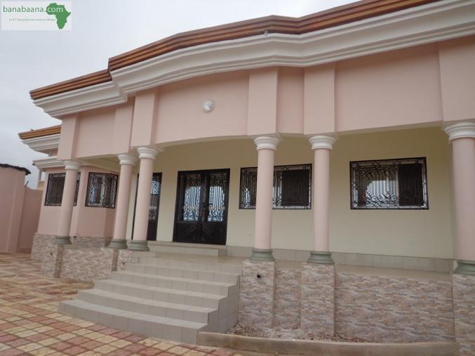 ventes immobili res maison a vendre a nongo conakry banabaana. Black Bedroom Furniture Sets. Home Design Ideas