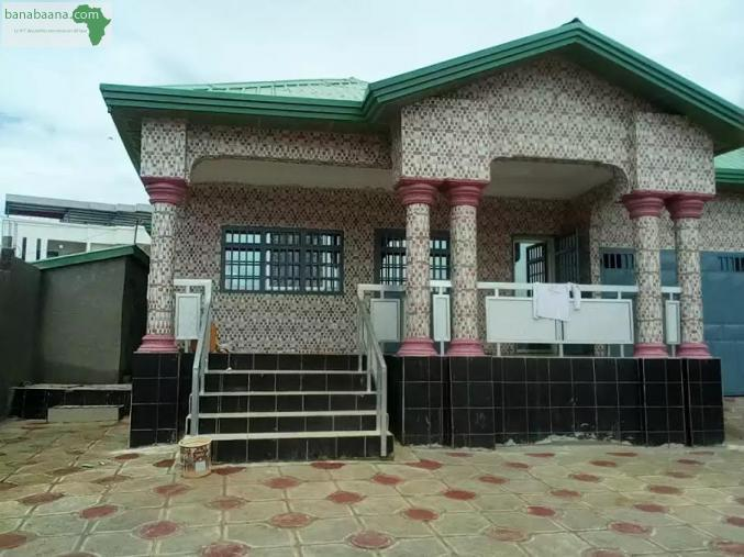 ventes immobili res acheter maison villa 10 pi ces conakry conakry banabaana. Black Bedroom Furniture Sets. Home Design Ideas