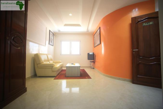 H tels auberges appartement meubl dakar banabaana for Appartement meuble a dakar