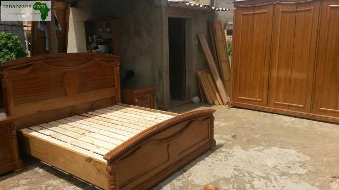 Mobilier Chambre A Coucher En Bois Et Rangements Dakar Banabaana